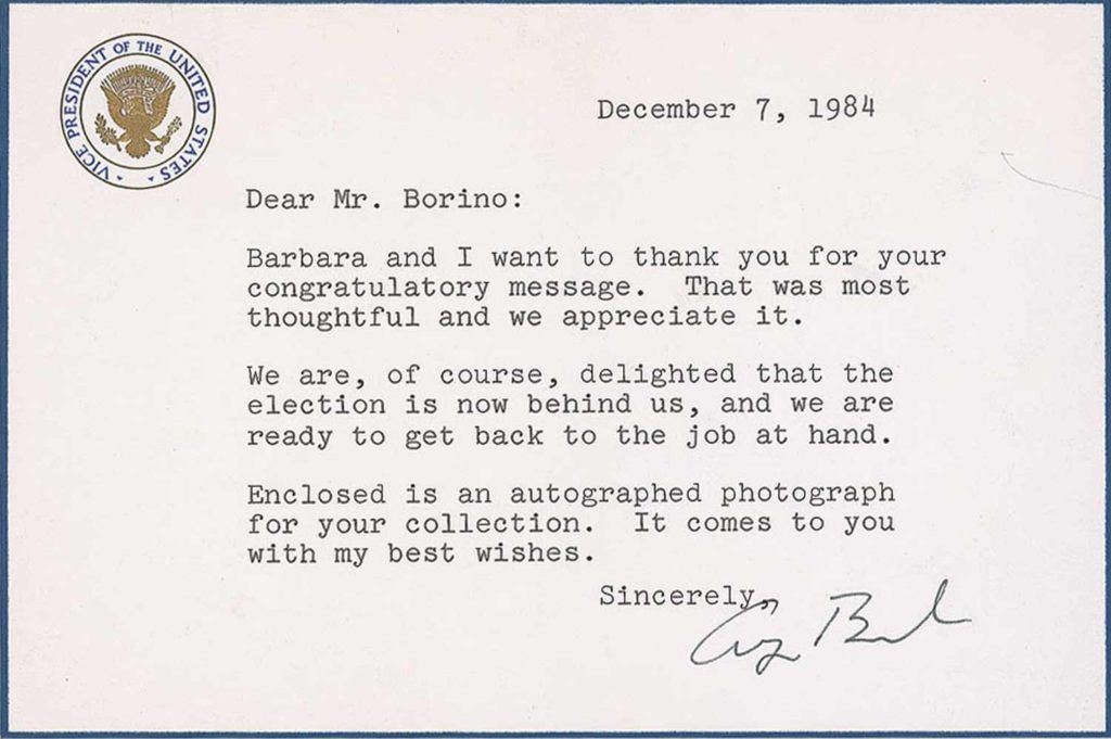 A signed White House notecard from President George H.W. Bush. PSADNA AB05679. Used for PR-GHWB01.
