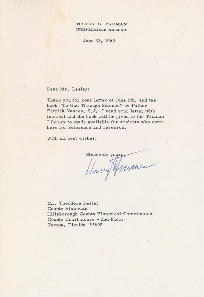 A typed letter signed by President Truman. PSADNA AC05670. Used for PR-HST02.